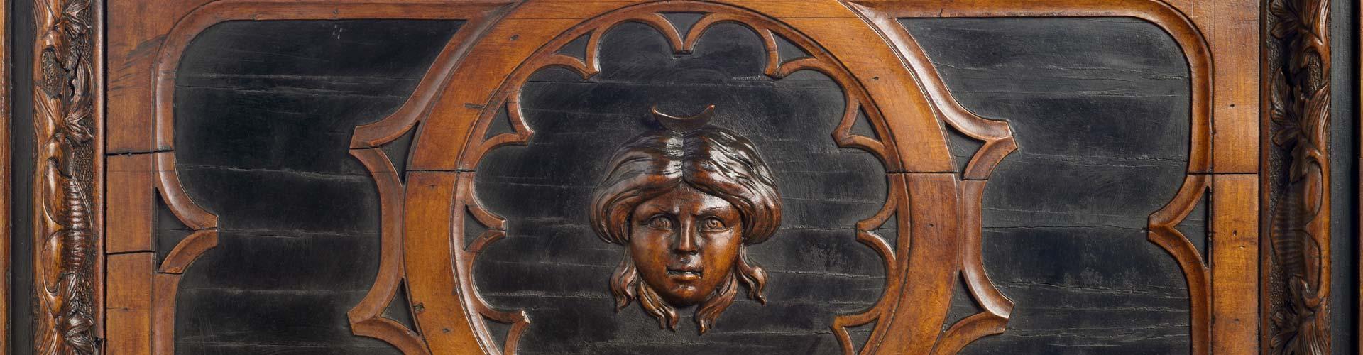 Mazzolini Giuseppucci Apothecary Museum in Fabriano - Fine wood carved interiors