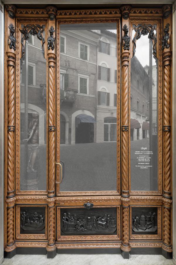 Museo della storica Farmacia Mazzolini Giuseppucci a Fabriano, in provincia di Ancona